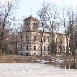 Кто покупает заброшенные шляхетские усадьбы и дворцы в Беларуси?