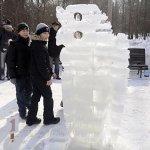 В Центральном ботаническом саду можно увидеть сказочных героев из снега и льда